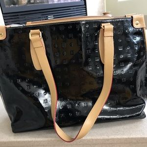 Arcadia Black and Tan Patton leather purse '